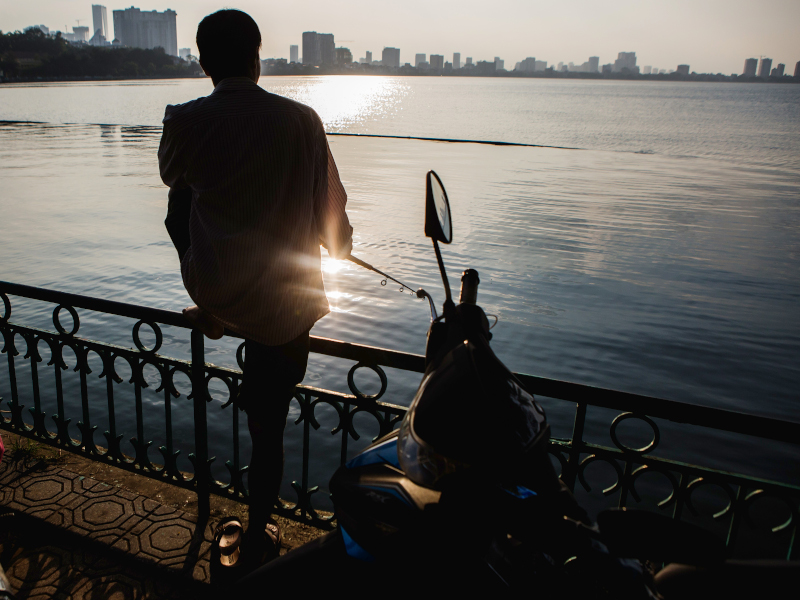Visite du Lac de l'Ouest, le plus grand lac de Hanoi, en vélo électrique au Vietnam